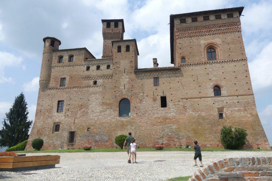 castelli delle langhe